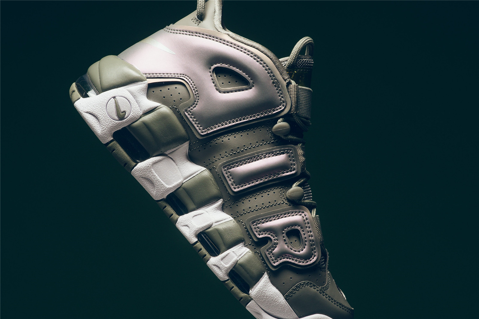 wmns_nike_air_more_uptempo_dark_stucco_white_black_917593_001_sneaker_politics_4