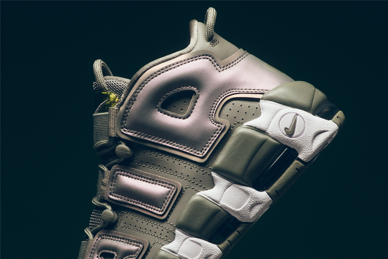 wmns_nike_air_more_uptempo_dark_stucco_white_black_917593_001_sneaker_politics_5_3df5001d-2c6c-4462-897d-12249f32a2f2