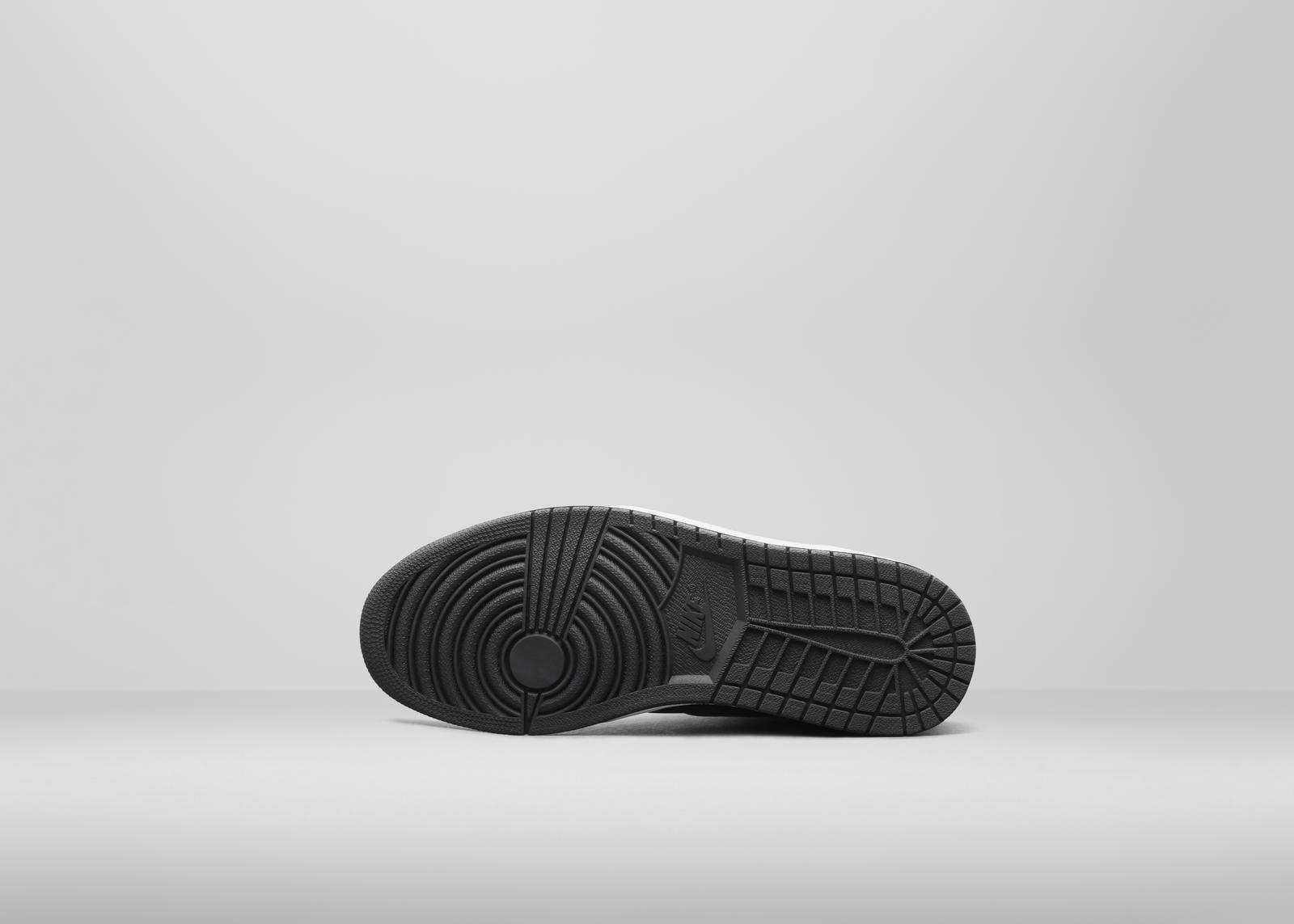 555088-013_a2_outsole_hr_rectangle_1600