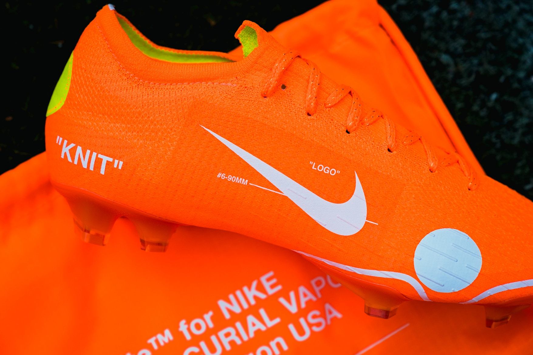 off-white-nike-mercurial-closer-look-2