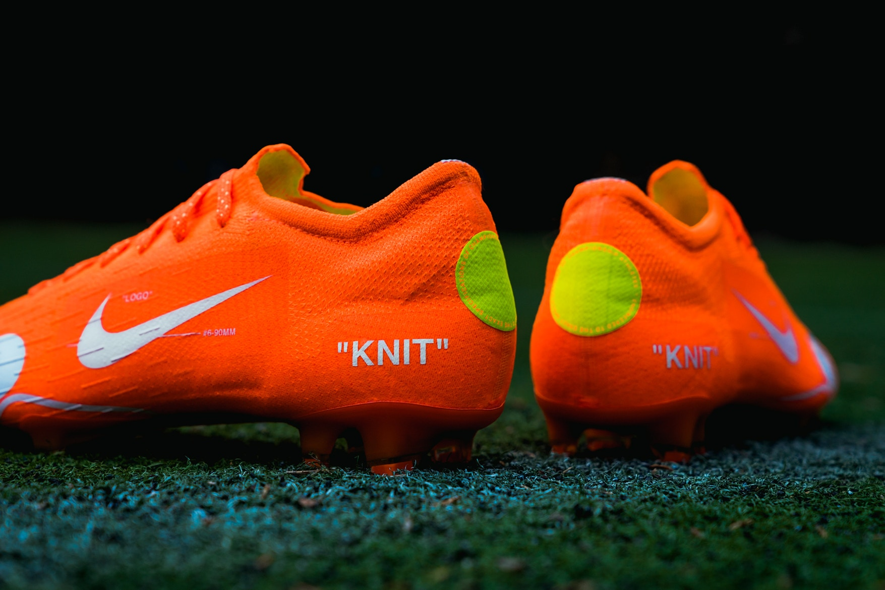 off-white-nike-mercurial-closer-look-4