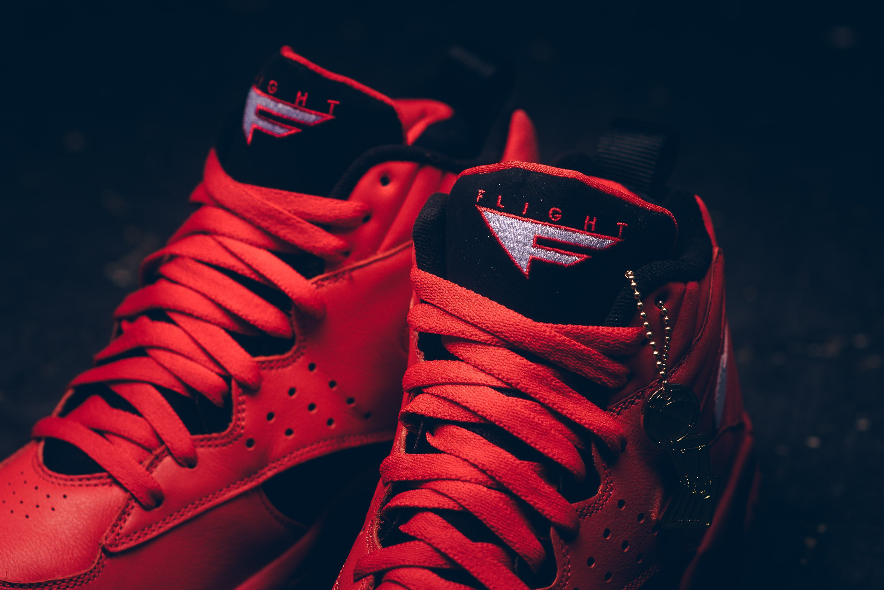 nike_air_maestro_ii_qs_university_red-white-black_aj9281-600_sneaker_politics_8